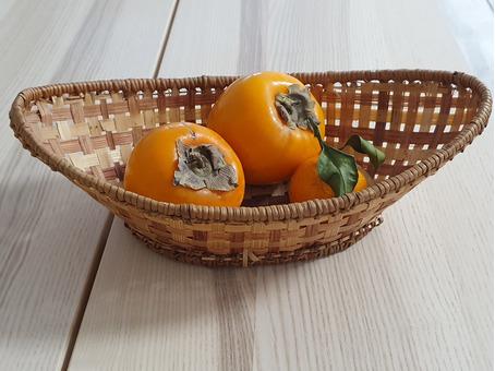 Корзинка для фруктов плетеная